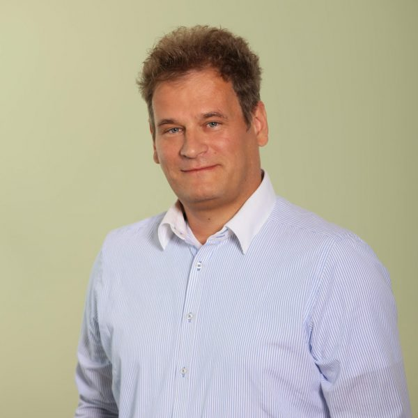 Andreas Mahnken
